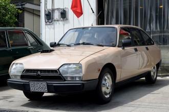 ルノー Clio RS 2.0 16V