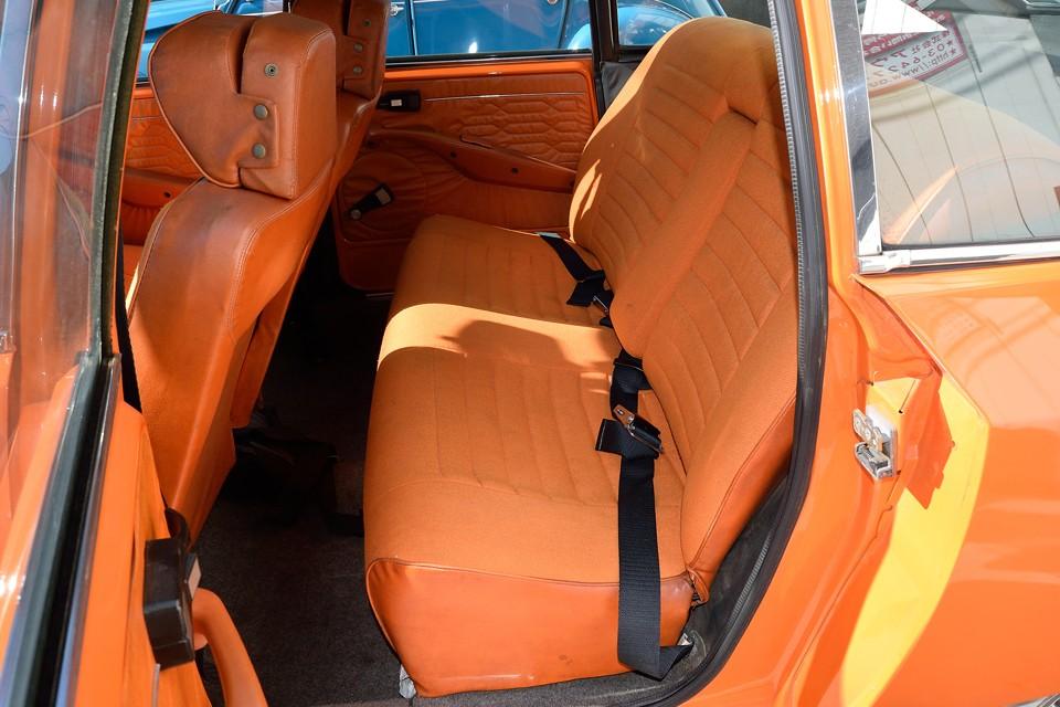 なぜ1200ccのクルマに、これほどのシートなのか?それはシトロ〜エンだから!
