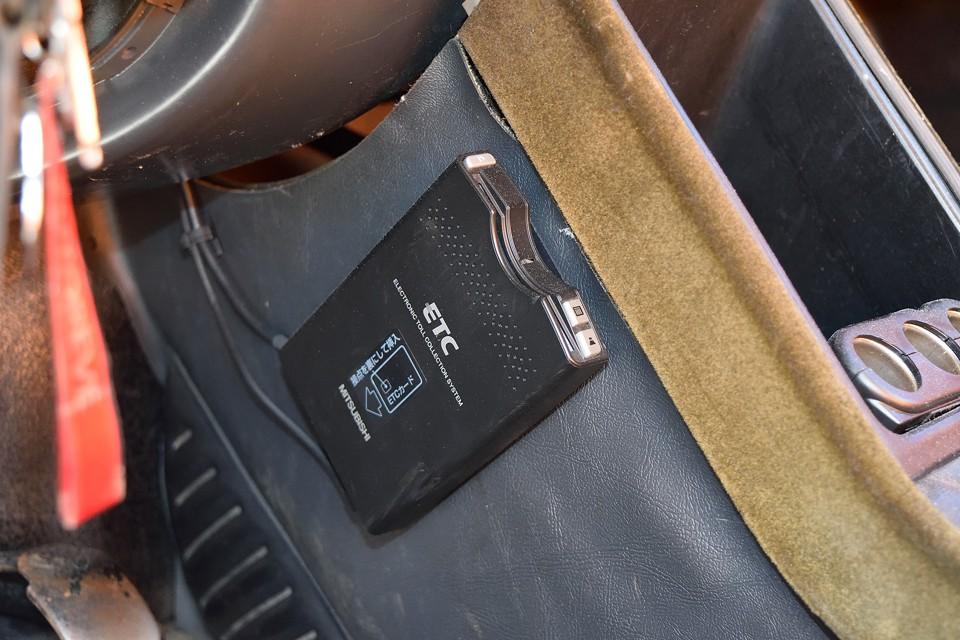 もちろんETCも装備!左ハンドル車には、もはや必須アイテム!