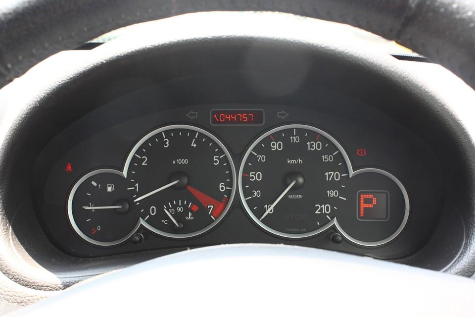 実走行4.5万Km!気になるタイミングベルト一式はご成約いただきましたら交換してのお渡しです。 もちろん別途費用はいただきません!納車整備内に含みます!