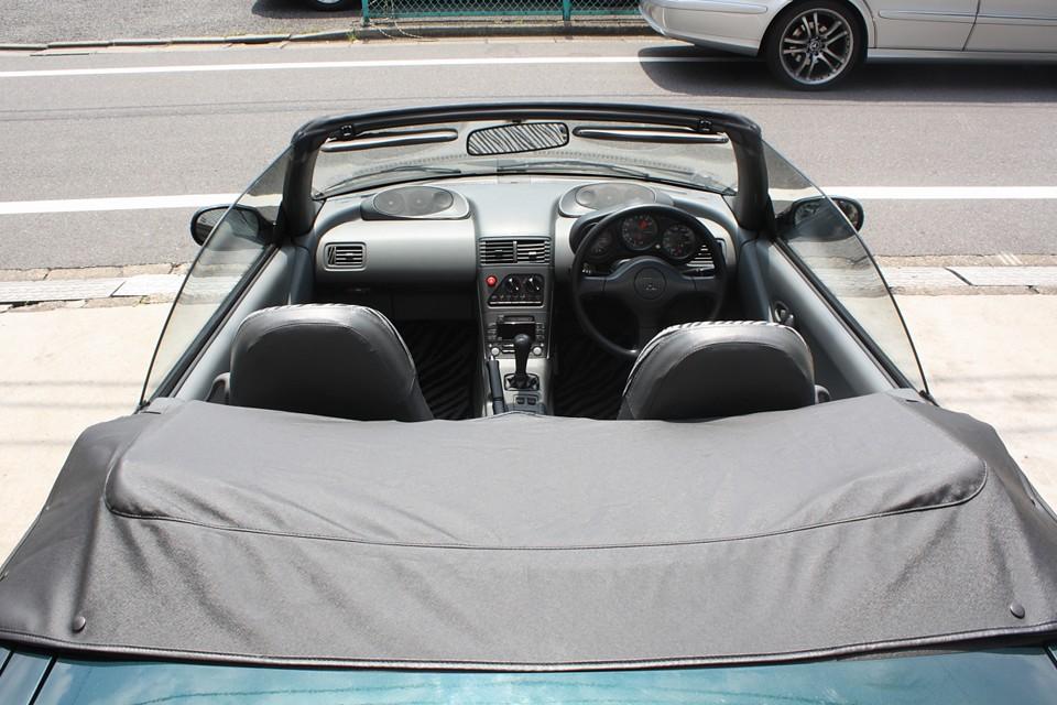 これはもはやアバルトの思想にも負けない唯一の国産車と言っても過言ではないのではないかと…。