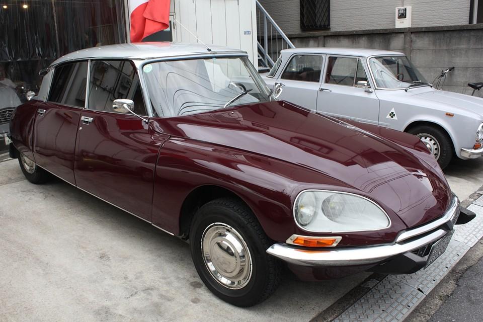 1955年に高級車やマニア向けの特殊なクルマとしてではなく、あくまで一般向けの大衆車として発表されたDS…。