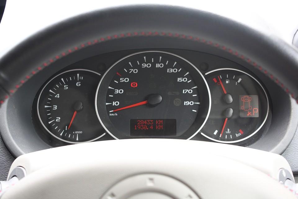 実走行2.8万Km!車検、保証、色、シートカバー等々、これだけ好条件のカングーって他に?