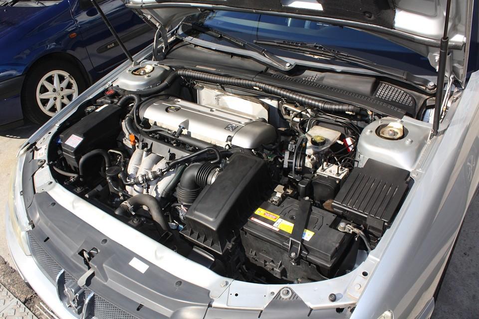 定評のあるPSA製エンジン!「パオォ〜ン!」って感じではないですが、バランスの良さを感じます。