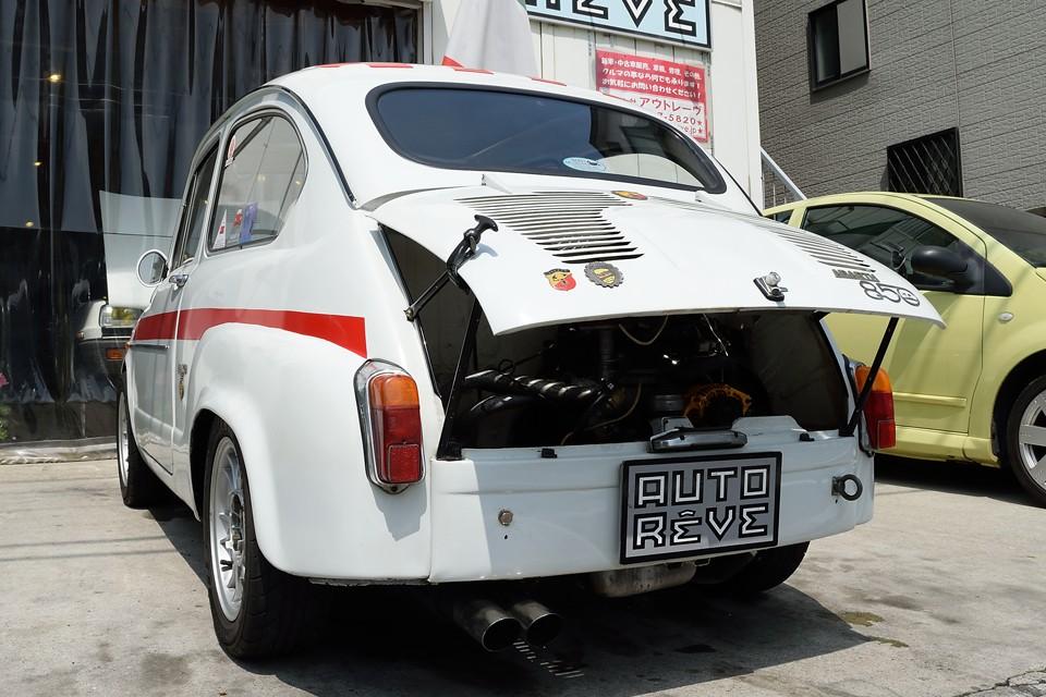 そもそも、本物かどうかなんて事自体、意味はなさないのでは・・・ これは紛れも無く本物の「FIAT600corsa」なんですから。