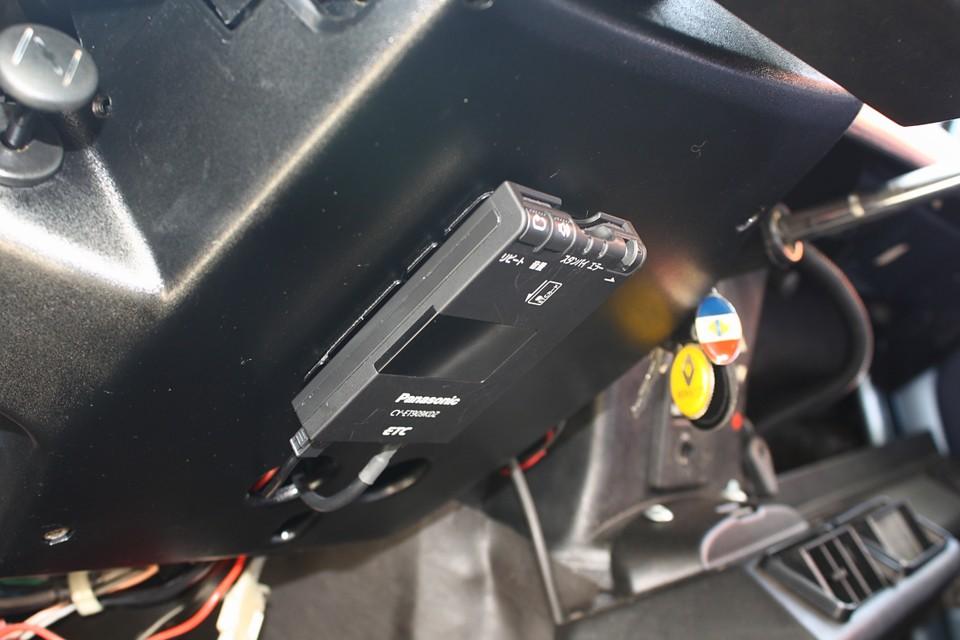 左ハンドル車にはもはや必須!ETCも装備!