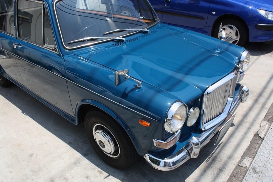 塗装状態はご覧の通りかなり良いです!少しくすんだ青いボディカラーもいい感じです。