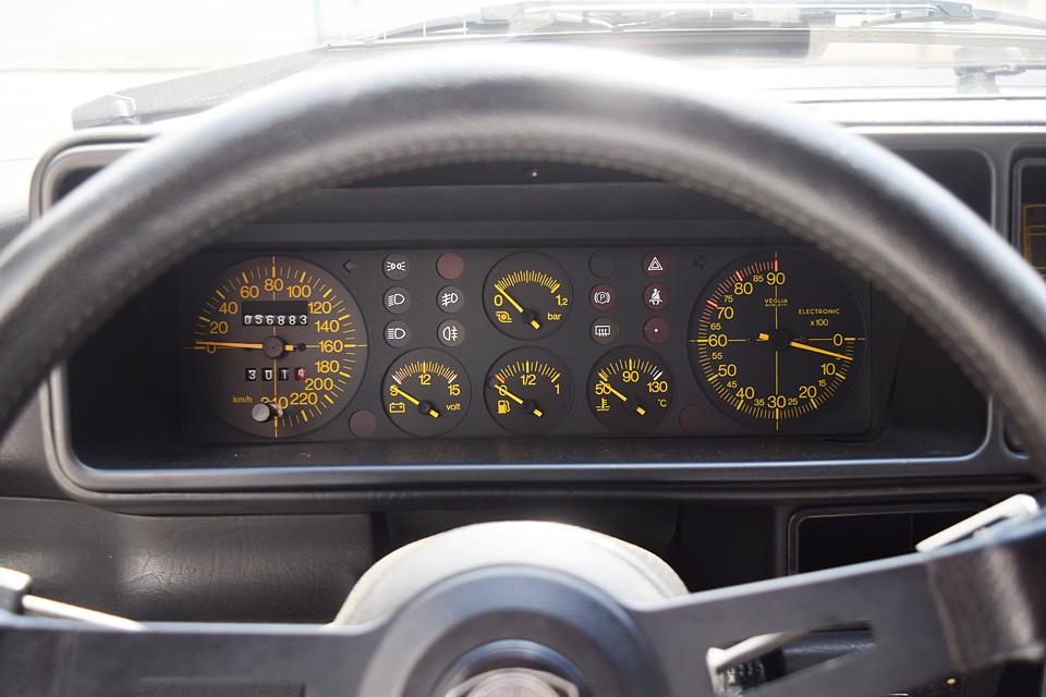 実走行5.7万Km!気になるタイベル、その他の交換歴は一言では書けませんので後ほどタップリと。