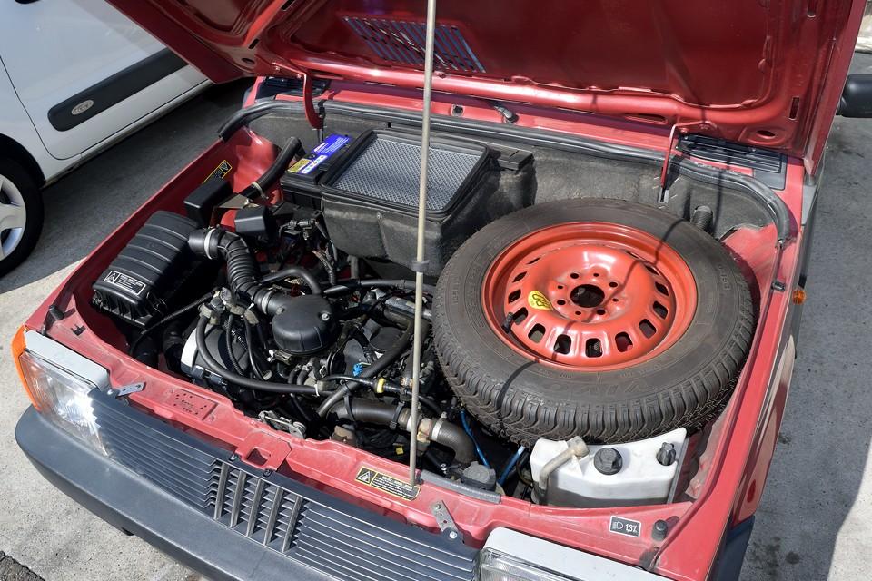 1100ccエンジンに比べればもちろん数値は劣るのですが、トルクフルなOHVはむしろパンダの性格にはピッタリ!