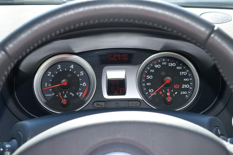 実走行1.9万km!もちろん各種警告灯の点灯もありません!