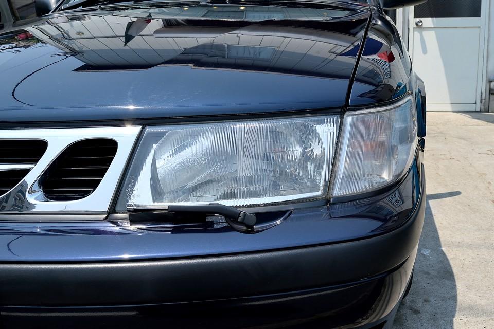 ヘッドライト、ウインカーレンズともに、くもりは無く、とってもクリア~!グリルのメッキも劣化はありませんので、ピッカピカ!