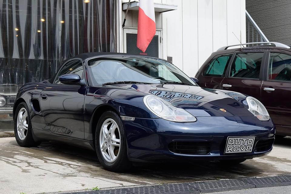 2000(平成12)年式 ポルシェボクスター 2.7、左ハンドル、5MT!入門用ポルシェなんてとんでもない!911にも勝るとも劣らないリアミッドシップの走り!日常使えるリアルスポーツ!