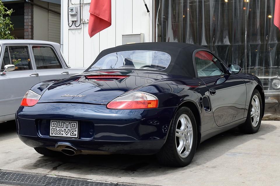 ご覧の通りの程度極上の美車!スポーツカーはやはり美しくなければいけないのです!ボディデザインもポルシェラインアップ中、ピカイチの美しさ!