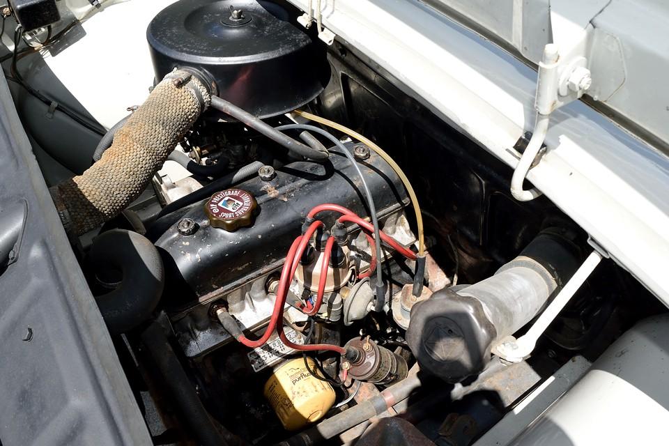 同じ1108ccのキャトルのエンジンに比べてもかなりのパワーアップを図ったType688エンジンは、OHVエンジン特有の数字以上にトルクフルな感じでドライビングも楽しいのです!