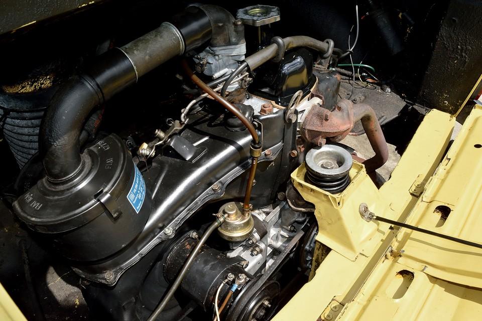 ちゃんとメンテしてきました感タップリの安心物件!見た目で判るんですよね、このエンジンは。