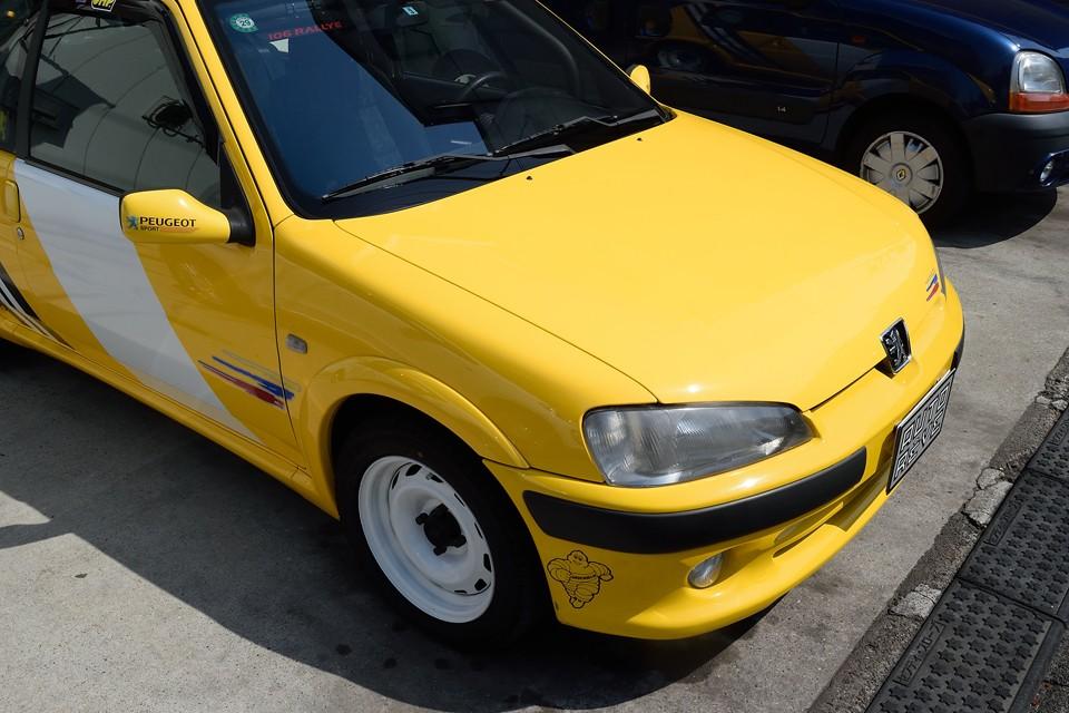 塗装状態はご覧の通り!比較的劣化しやすい黄色ですが、色褪せは感じません!ツヤのある美しい状態です。