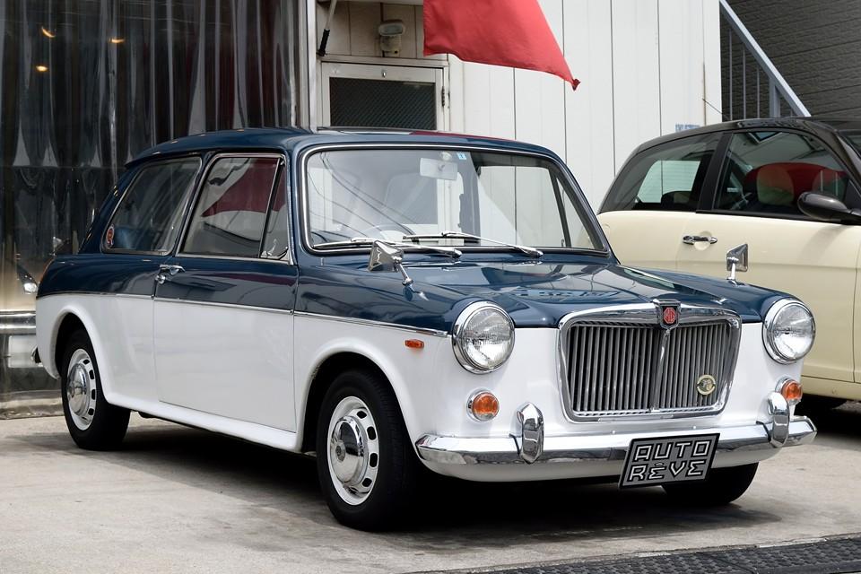 1971(昭和46)年式MG 1300 mkⅡ、いわゆるBMC・ADO16のMG版!モーリス、オースチン、ヴァンデン・プラ、ウーズレー、ライレーと兄弟車の中でもスポーツとエレガンスを見事に両立したのが、このMGではないかと!