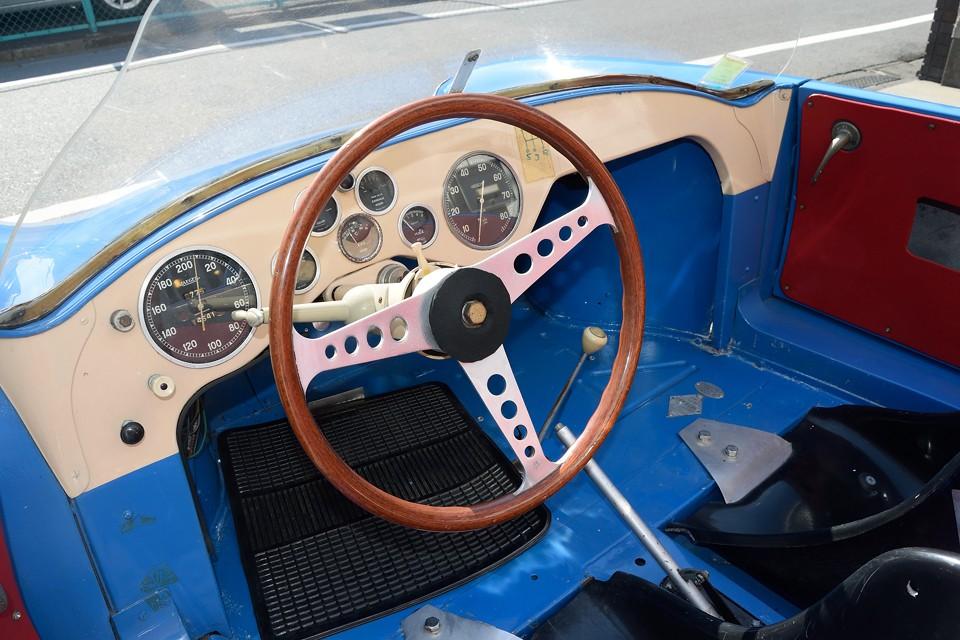 ゴルディーニもまた、アメデ・ゴルディーニにより、1956年にドーフィンをベースにチューニングカーを開発したことからルノーとの関係は始まったのです。