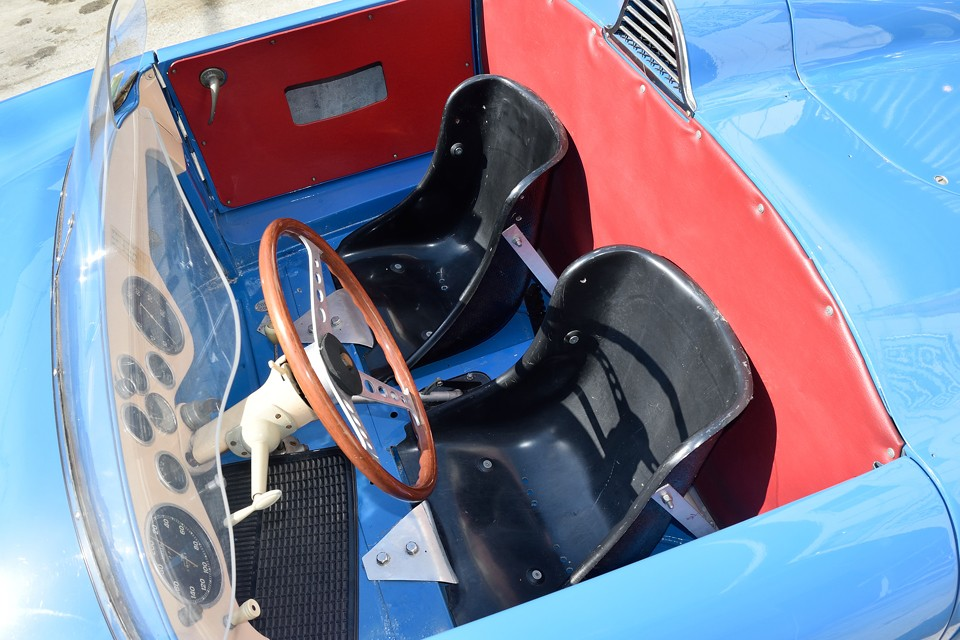 レデレ34歳、ゴルディーニ57歳、その両雄がルノー車へ傾倒する1956年・・・偶然の一致と考えるには、あまりにも揃い過ぎてる気が・・・。