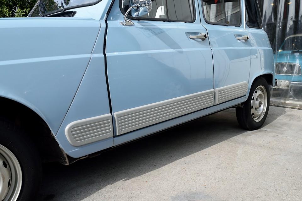 サイドプロテクターも塗装済!しかも、バランスを考えて、ちゃんとバンパーと同色にしてあります!