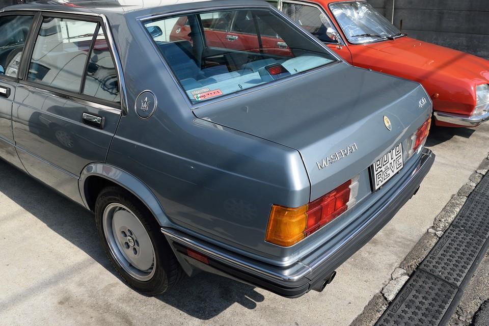 車両全体にわたって塗装は良い状態です。パネルで色が違うとか、クリア劣化でツヤが無いとかは見受けられません。