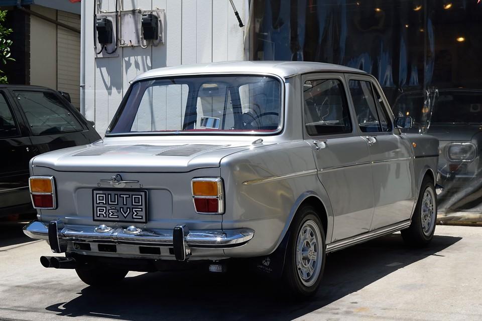 数あるシムカ1000シリーズの中でも、熟成された後期にあたるモデルです。1000GLSと言う車名ですが、排気量は1100ccで、同名(シムカ1000)、同排気量の中では最も高性能なモデルのひとつ!