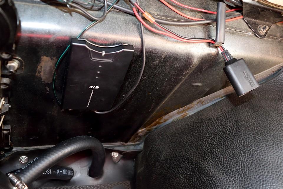 ETC、キー連動シガーソケットも設置済です。スマホの充電や、ポータブルナビも直ぐにご利用いただけます。