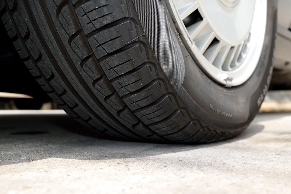 タイヤ残山タップリ!8分山というところでしょうか。当分交換の必要はありません。