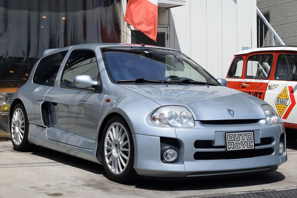 2002(平成14)年式 ルノー・ルーテシア・スポールV6!あの名車ルノー・5ターボのコンセプトそのままに、現代に蘇ったルノーの伝説!日常乗れる非日常モンスターマシン!その存在感は、まさしくオンリーワンなのです!