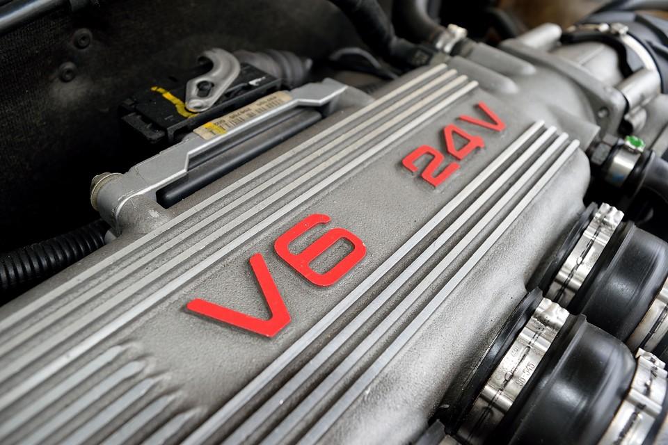内燃機関の究極と言っても良いのではないかと・・・クルマ好きなら一度は味わうべきエンジンなのです!