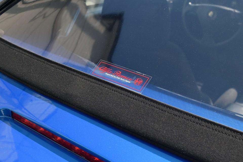 新車時のステッカー!パリッパリのヤツは良く見るけど(笑)こんなクリアーなステッカーだったんですね。