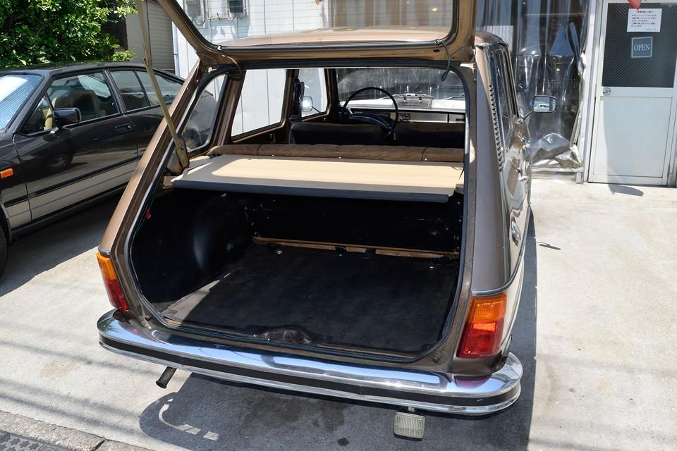さすが、実用主義のフランス車!というところでしょうか。そのボディ形状のおかげもあって、ラゲッジルームはご覧の通りの広さ!