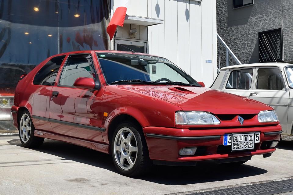 1995(平成7)年式ルノー19 16S!数々の名車が生まれた数字ルノーの歴史・・・その有終の美を飾るに相応しいモデル!あの頃のルノーがお好きなら是非とも体験しておくべきクルマかとっ!