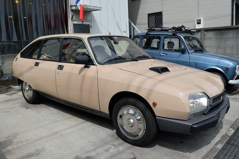 今や希少なGSA・・・その中でも更に希少な正規ディーラー、右ハンドル車。38年を経ても、未だ放ちつづけるその独特の魅力・・・。