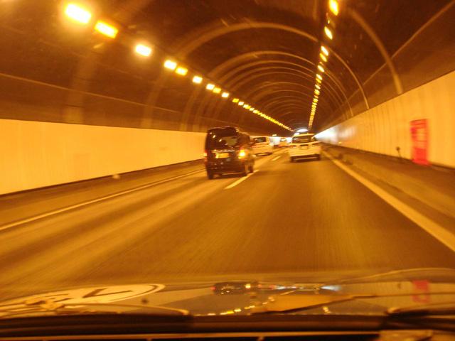 N子はん:「GSで高速道路ってホントに気持ち良いよねぇ。空飛ぶ絨毯とか呼ばれたみたいだけど、ホントその通り!」