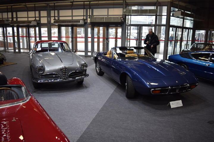 左はジュリエッタと思いきや1900 C SuperSprint、TOURING製のヤツですね。右は何とも贅沢なGHIBLI SPYDER!