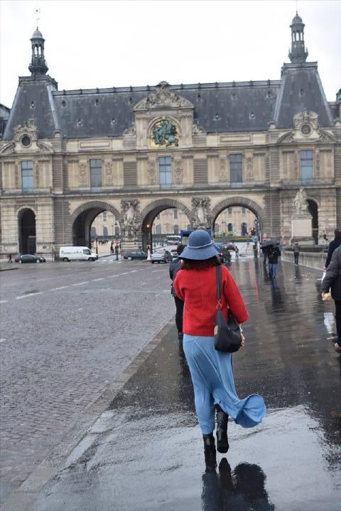 ルーブルを抜けて、ラーメン食べて、そしてGrand Palais方面へ行きますよぉ~!パリで食べるラーメンってどうかなぁ・・・大阪すしクイーンの衝撃が蘇る・・・(笑)